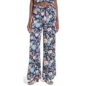 Leith Wide leg floral flowy pull on palazzo pants